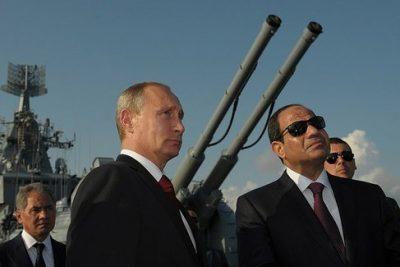"""פוטין וא-סיסי על נושאת המטוסים """"מוסקבה"""""""