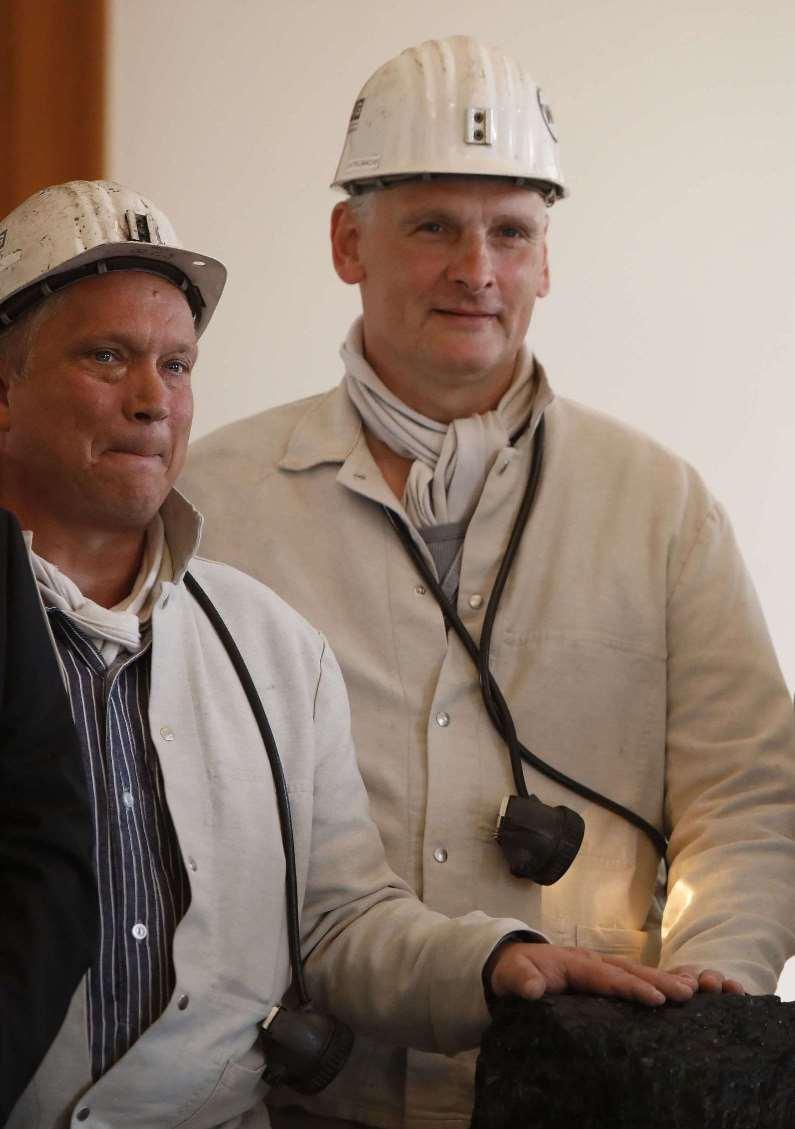 פחם בגרמניה מעניקים לנשיא את גוש הפחם האחרון