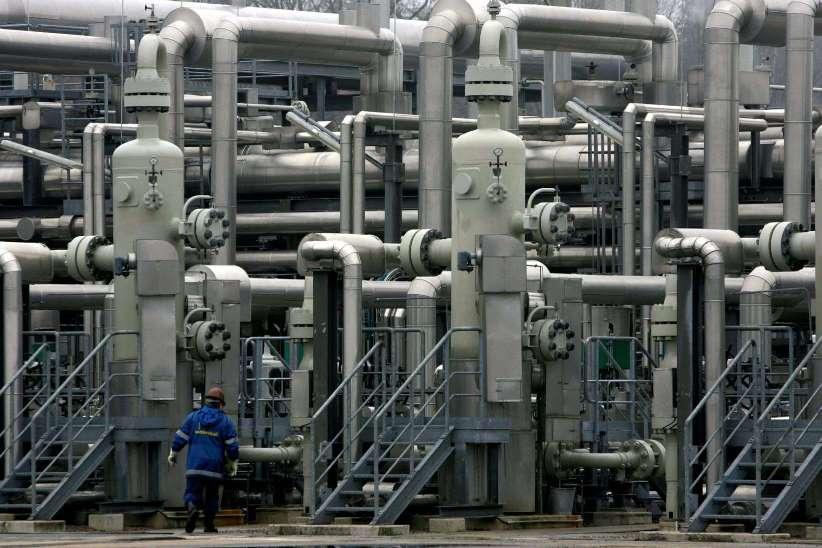 פועל של ווינטרשל במתקן גז טבעי, גרמניה